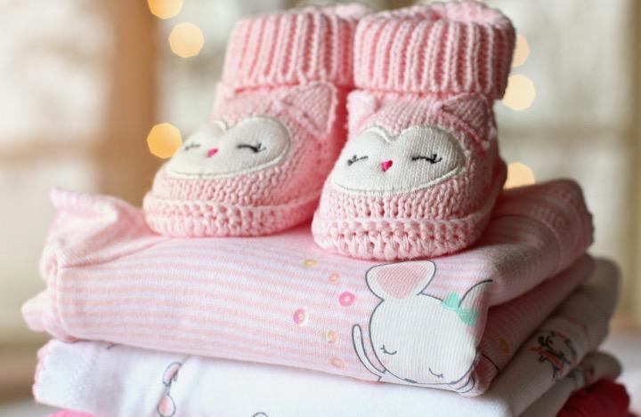 stocker les vêtements de bébé